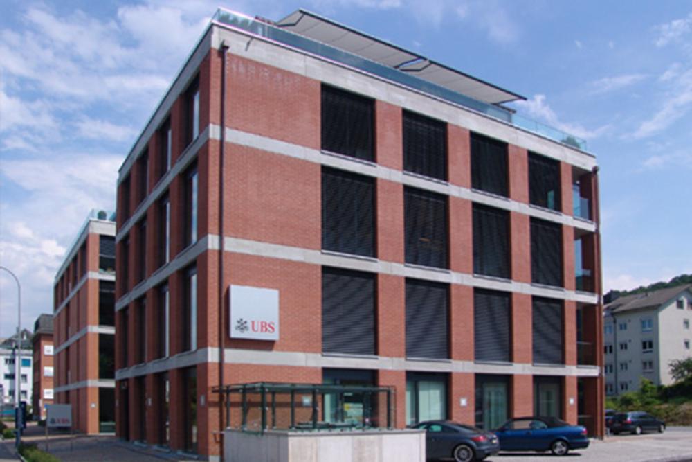 Geschäftshaus mit UBS-Filiale Pfäffikon