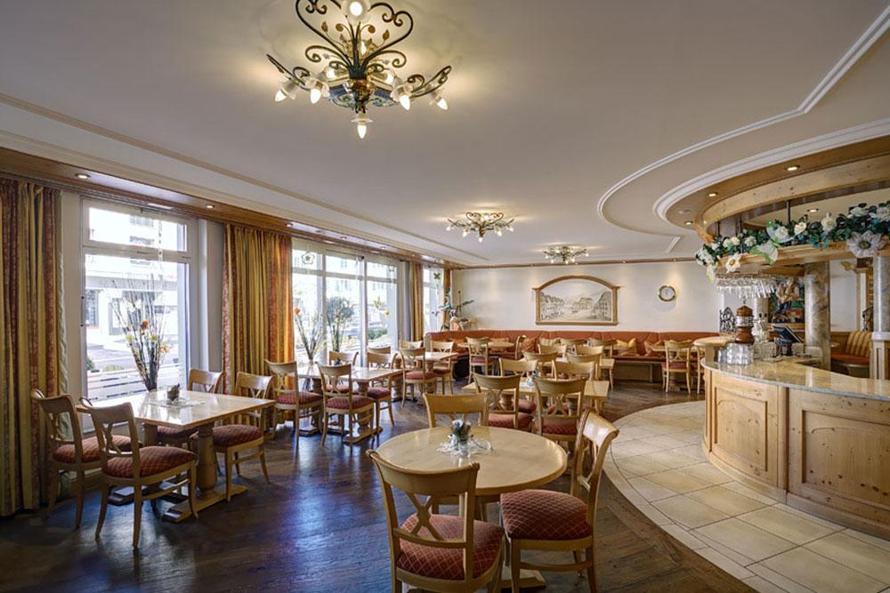 Hotel Weisses Rössli Brunnen